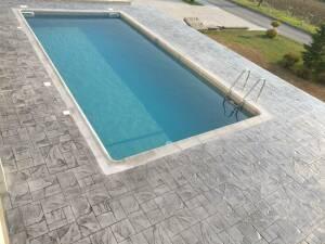 Ολοκληρωμένο έργο προκατ πισίνας με γκρί Liner 1