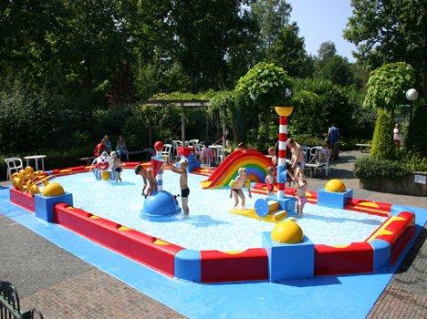 coloured-pool-1
